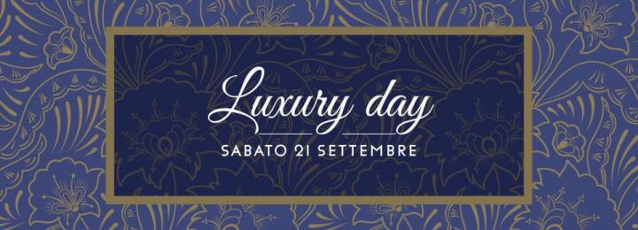Sicilia Outlet Village Luxury Day